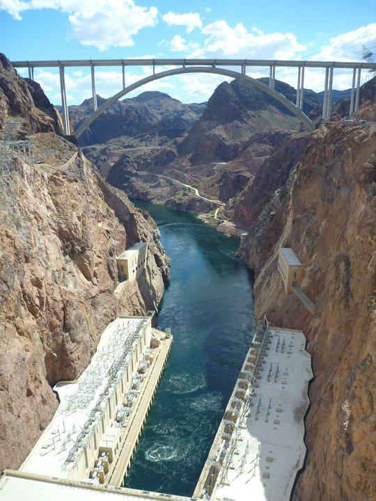 Visit Hoover Dam | Emma's Bucket List