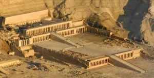 queen-hatshepsuts-temple3
