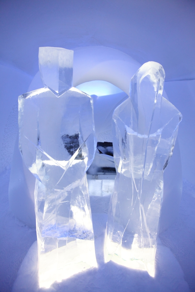 Ice Hotel Sweden, 2013: Art Suite Eternity. Artists: Fernando Incaurgarat & Alfredo Juan Diez